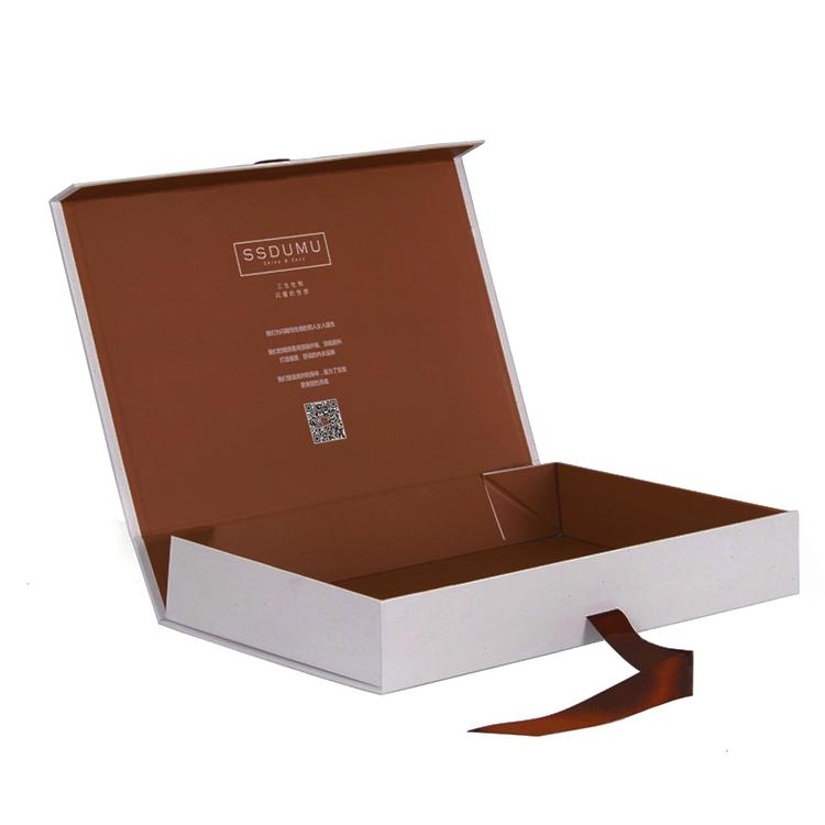 custom-gift-boxes_1_orig.jpg